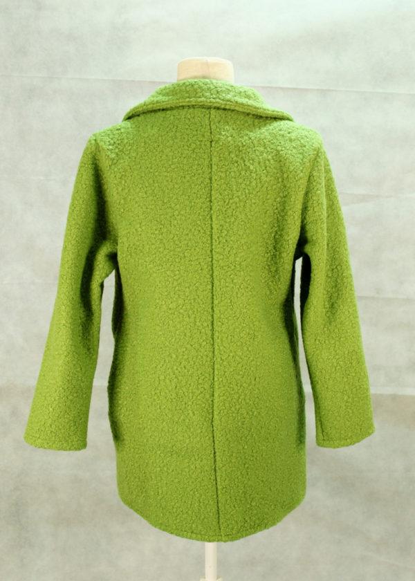 abrigo-verde-espalda