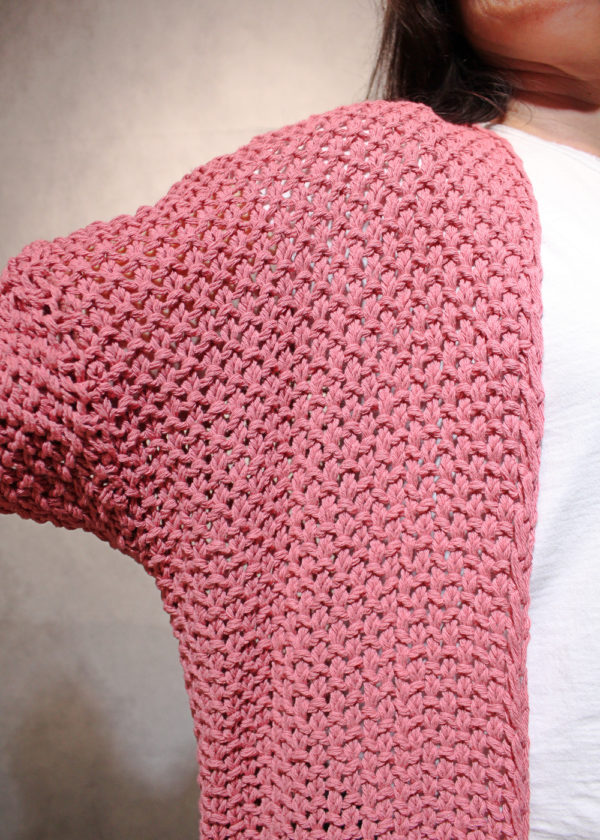 chaqueta-rosa-detalle
