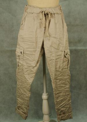 pantalon-cargo-beige-entero
