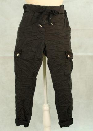 pantalon-negro-cargo
